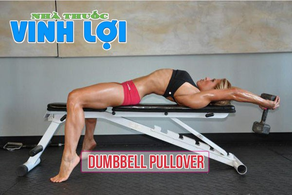 Dumbbell pullover tại phòng gym