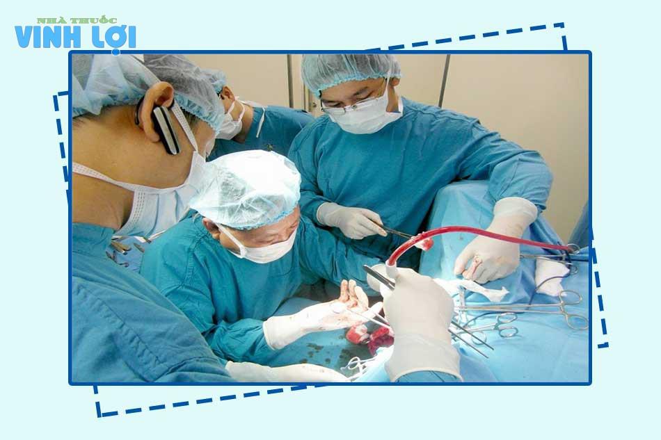 Thực hiện phẫu thuật cắt mổ trĩ ở đâu chất lượng?