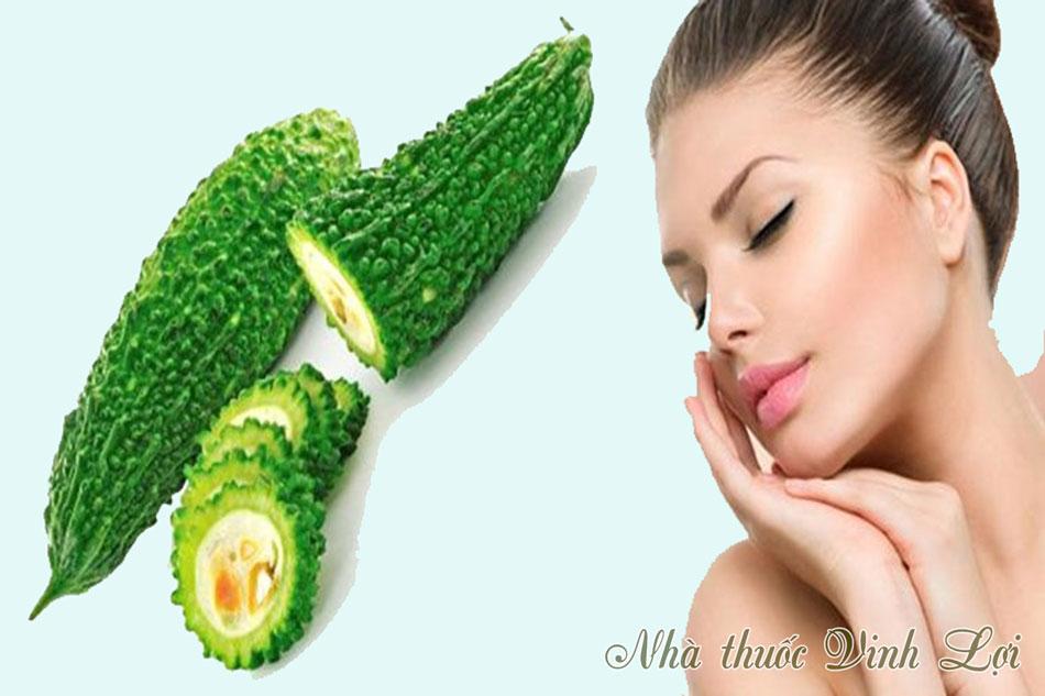Sử dụng mướp đắng trị mụn ẩn dưới da