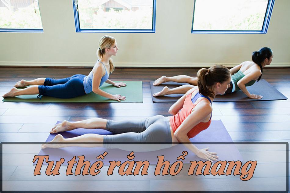 Bài tập yoga giảm cân tư thế rắn hổ mang